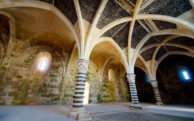 всередині замку Кастелло-Маніаче