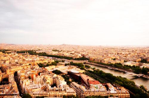 Вид з третього поверху Ейфелевої вежі