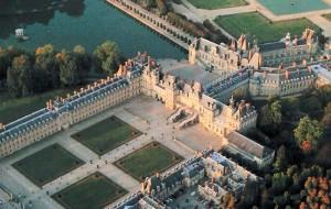 Франція замок Фонтенбло
