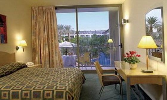 Стандартний номер готелю Isrotel Agamim