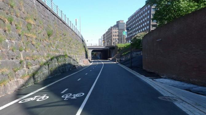 Велосипедна дорога Баана в Хельсінкі