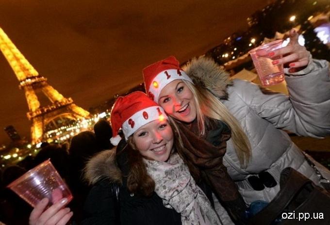 Новий рік у Парижі