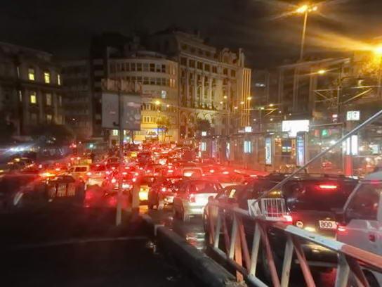 дороги Стамбулу у нічний час