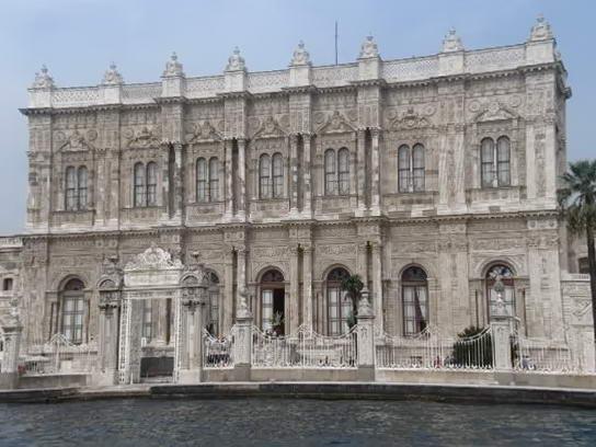 резиденція султанів Топкапі у Стамбулі
