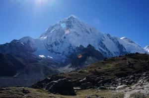 Сходження на Еверест стане дешевше