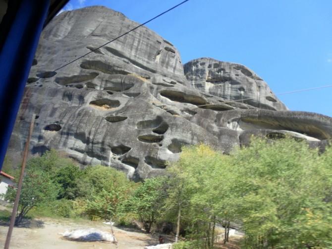 печери в скелях Греції
