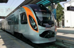 На Україні тимчасово не ходять потяги Hyundai