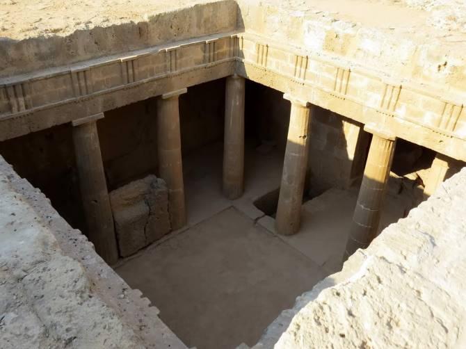 Пафос - гробниці Королів
