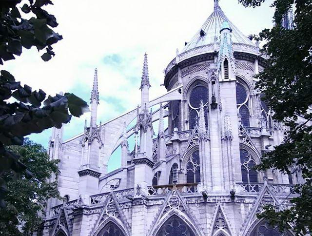 Нотр Дам в Парижі