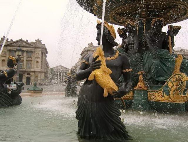 фонтан біля площи Згоди