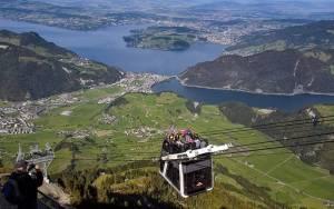Безкоштовні катання на швейцарських канатних дорогах