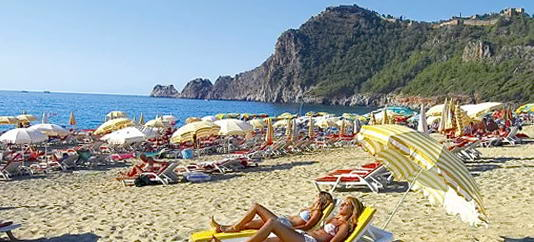 Пляжний відпочинок в Анталії