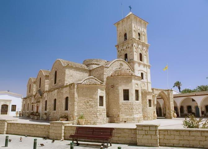 Ларнака. Чоловічий монастир Ставровуни