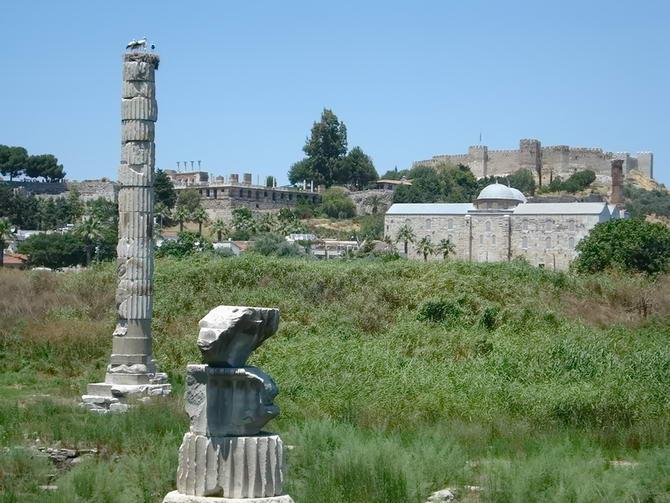 колона храму Артеміди
