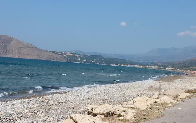 Берегова лінія Греції