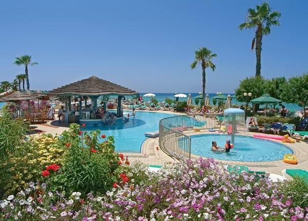 курорти Кіпру для дітей