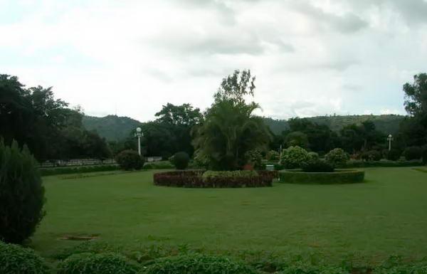 Територія палацового комплексу