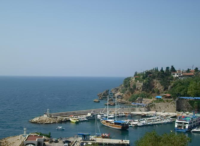 порт Анталії