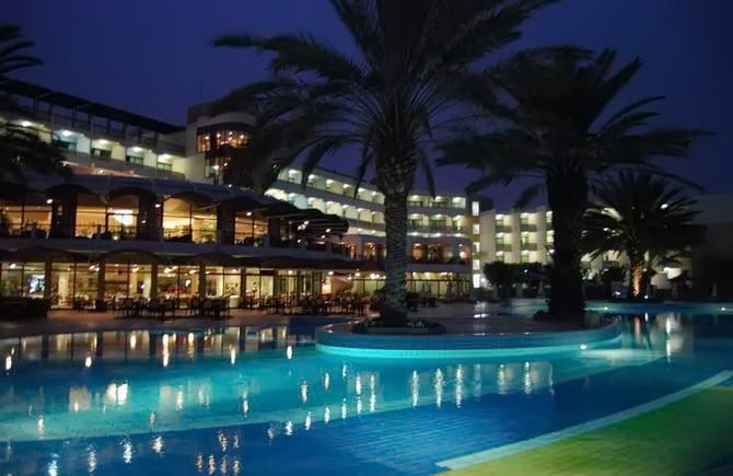 Готелі Пафосу