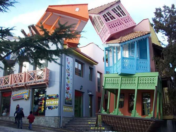 Тбілісі-центральна площа парку атракціонів