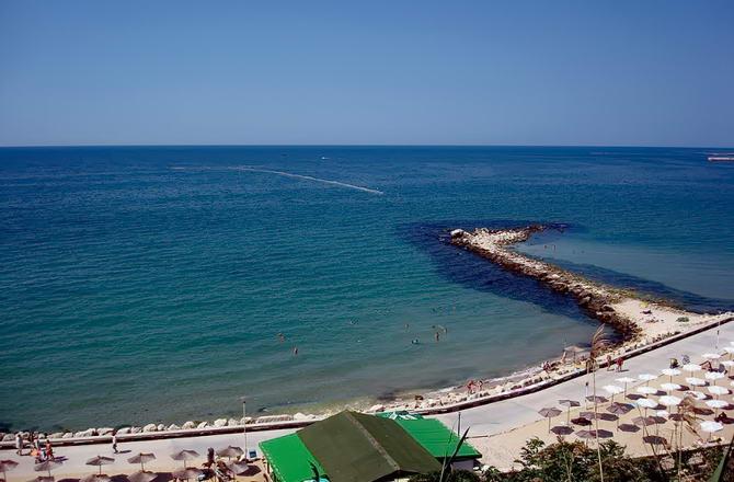 Пляж у місті Балчик