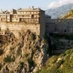 Гора Афон в Греції
