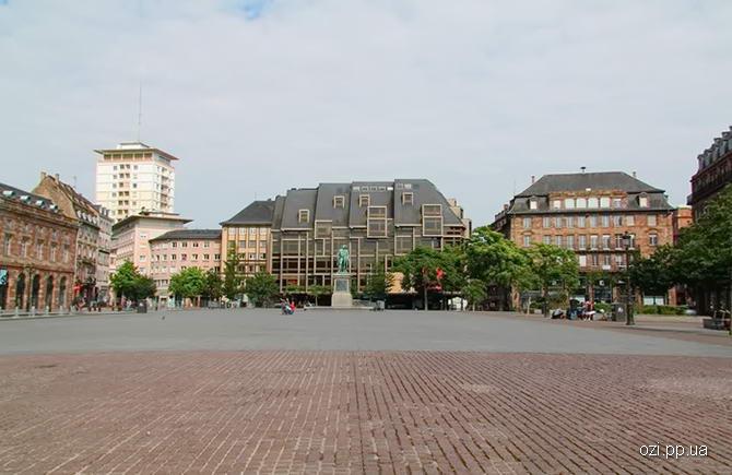 Страсбург. Фото центральної площі