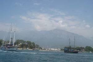 Прогулянка по Середземному морю на катері Suzuki