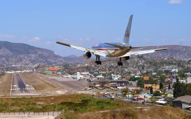 Аеропорт Toncontin International