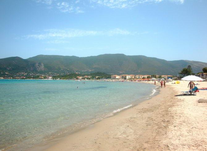 пляж курорту Алікес