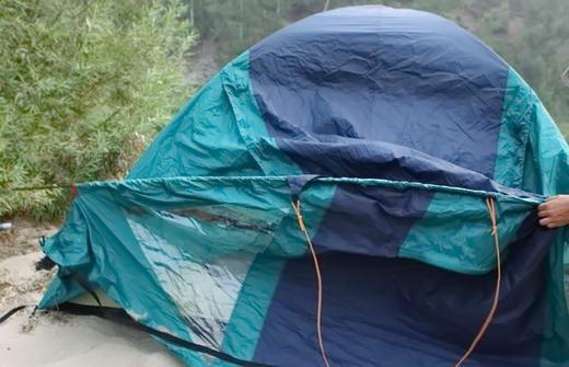 встановлення тенту палатки
