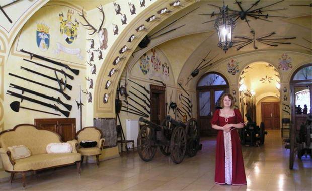 ресторан у замку Детеніце