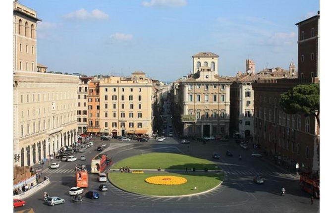 площа П'яцца Венеція