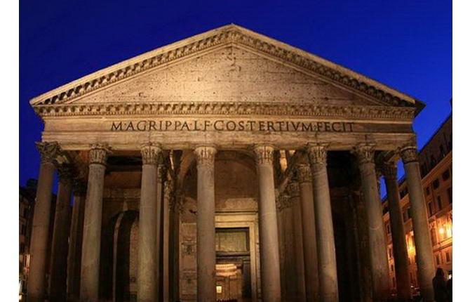 Рим. Фото Пантеону