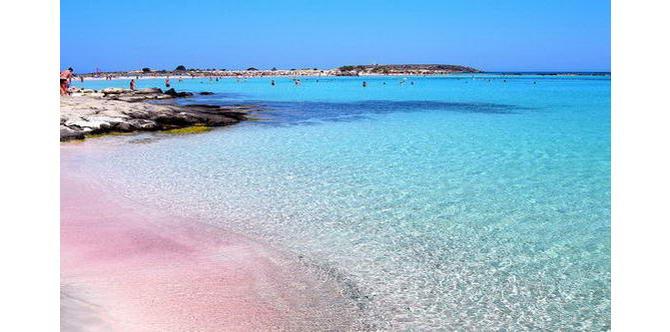 Пляж Елафонісі з рожевим піском