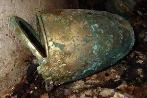 Нерозграбована македонська гробниця виявлена на території некрополя в Егоні