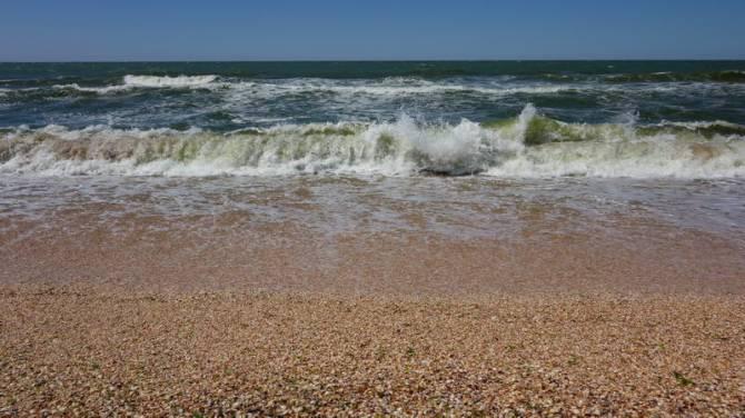 Море на Арабатской стрелке