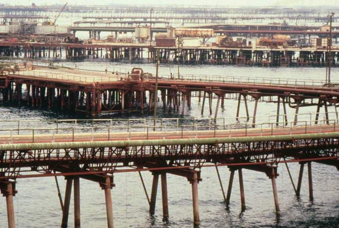 Нефт Дашлари, Азербайджан