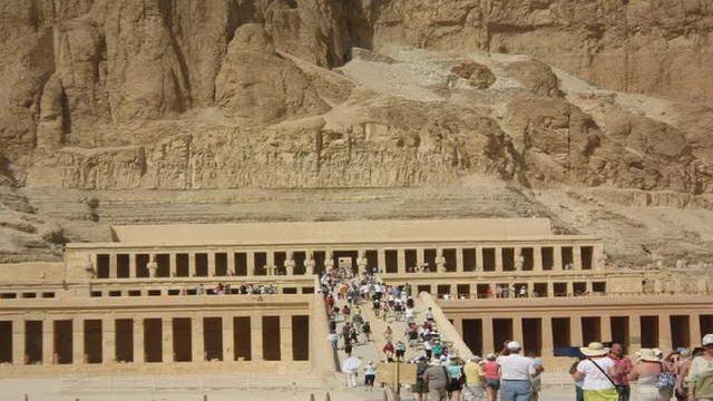 храм Хатчепсут
