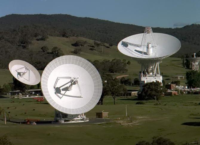Комплекс космічної телекомунікації в Канберрі
