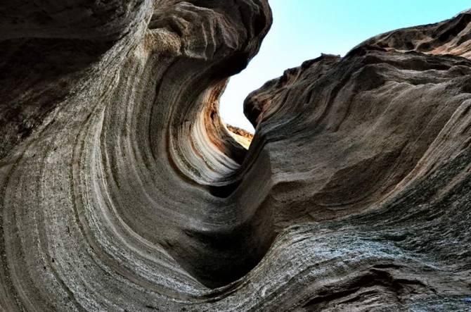 Скелі Каша-Катуве