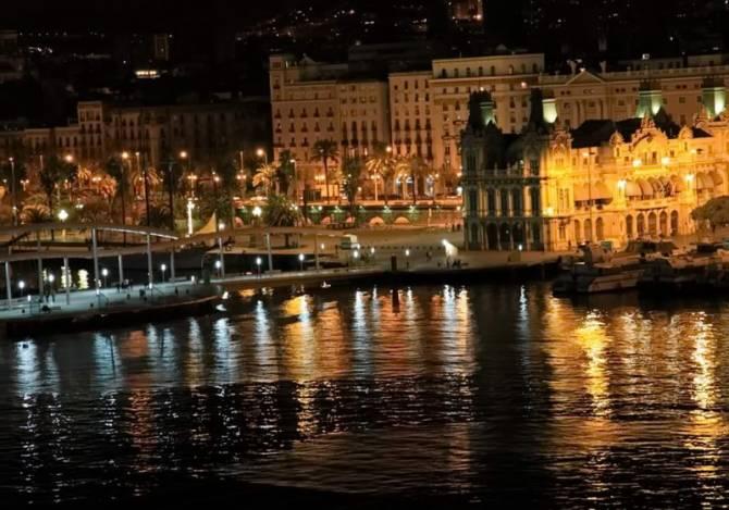 екскурсія по нічній Барселоні