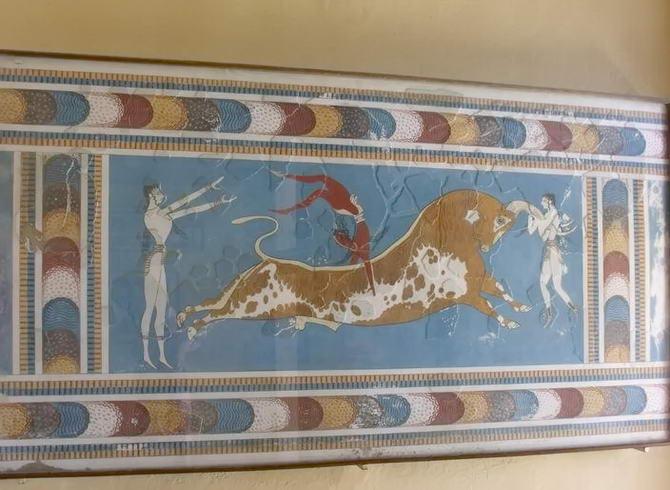 зображення всередині палацу Кноссу