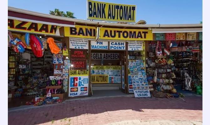 сувенірні крамнички в Єгипті