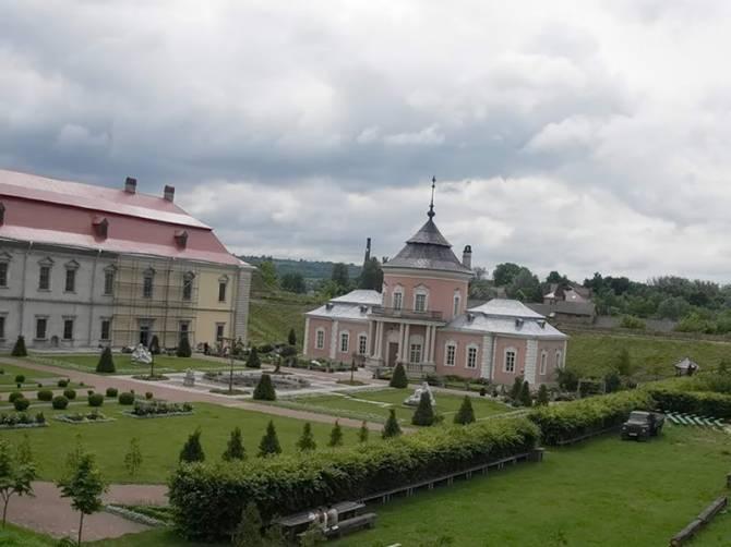 Золочевський замок