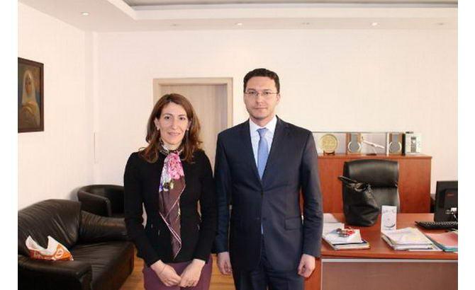Ніколіна Ангелкова і Даніель Мітов на зустрічі по обговоренню візового режиму