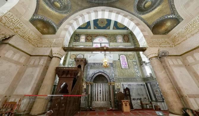 мечеть Аль-Акса усередині