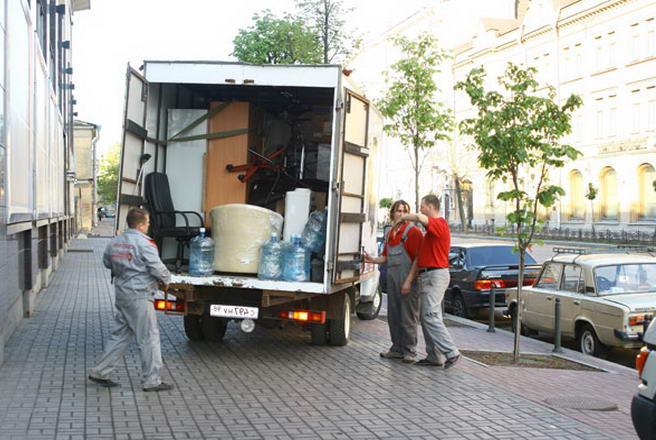 услуги по перевозке мебели в Киеве