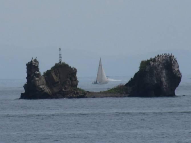 маяк на острове Уши. Залив Петра Великого