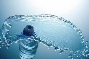 Чистая вода и её доставка в офис или квартиру в Киеве